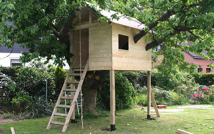 Holzarbeiten - Baumhaus